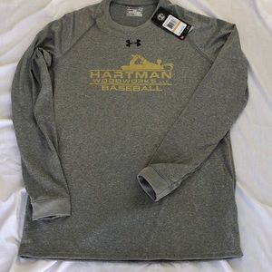 "NWT ""Under Armour"" Men's LS HeatGear top Sz S $30"